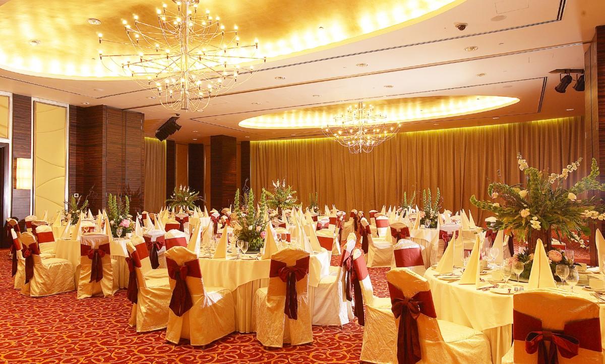 Banquet-Hall.jpg